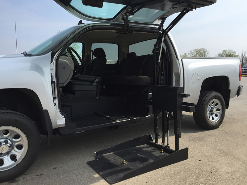 Hydraulic Wheelchair Lifts For Vehicles : All terrain conversions wheelchair lift